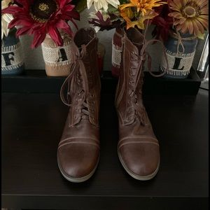 NWOT Rampage Combat Boots Size 6